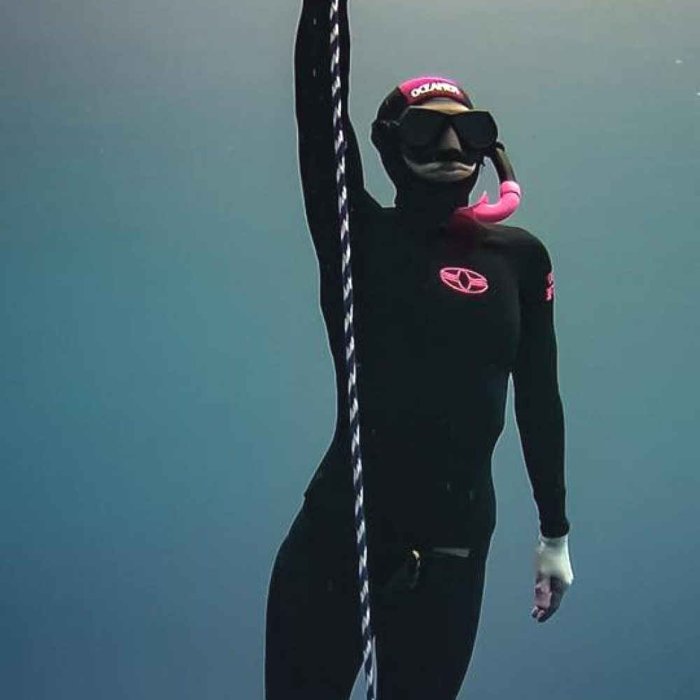 freediving wetsuit pink